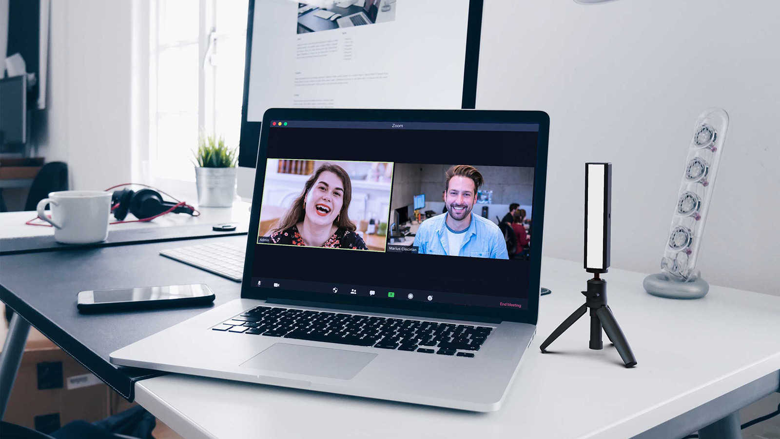 GLP's Streamer Enhances Videoconferencing Experience with Portable LED Light